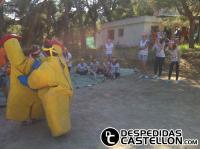2013 Junio humor amarillo
